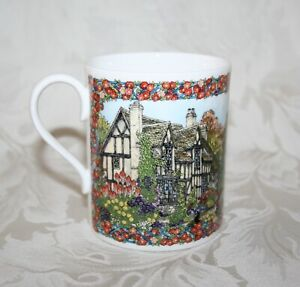 """BEAUTIFUL COLOURFUL 1993 ROYAL WORCESTER COUNTRY VILLAGES """"GLOUCESTERSHIRE"""" MUG"""