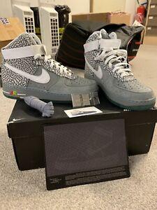 Nike  ID Air Force One  MAG