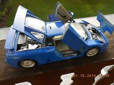 aus Sammlung : Bugatti Flügeltürer Typbj. 1991 1:18 Made in Italy Burago blau