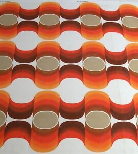 Vintage 1970s Abstract / Geometric Design Fabric...