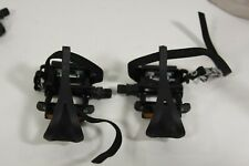 Wellgo Alloy Pedals with Toe Clips and Straps 9/16 PD 10
