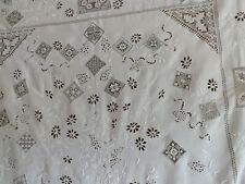 superbe rideau brodé ancien, 2.28 m X 1.42 m