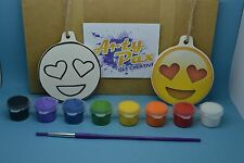 Paint Your Own Emoji Heart Eyes Face Kit Hanging Decoration Birthday Gift Set