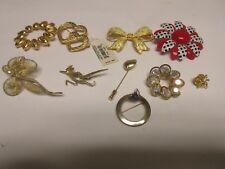 Lot of 10 , Please See Photos Costume Jewelry ,Vintage , Brooches / Pins ,