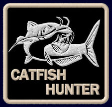 "CATFISH HUNTER EMBROIDERED PATCH ~3"" x 2-7/8"" FISHING ROD WALLER AUFNÄHER WELS"