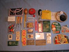 LOT of ANTIQUE/VINTAGE COLLECTIBLE SEWING ITEMS KITS NEEDLE PACKS PINS HOOKS