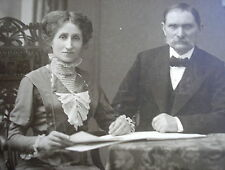 END 1800´s LADY w/EDWARDIAN DRESS ECRU TULL COLLAR & MAN w/SHIRT COLLAR PHOTO