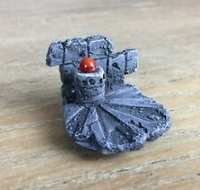 WARHAMMER CUSTOM MINIATURE BASE RED ORB / CRYSTAL WIZARD SORCERER MAGE PAINTED