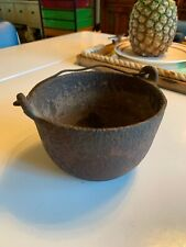 ANTIQUE? Bernz 5 Cast Iron Kettle Pot? w/Bail ? Crucible Mining ? Smelting
