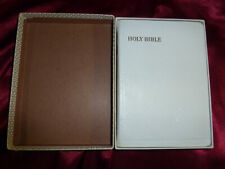 1956 King James HOLY BIBLE Fontana Reference Authd WF2401 Boxed White Leatheroid