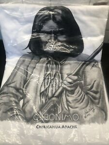 NEW Mens GERONIMO WITH RIFLE Native American Indian T-shirt size 2XL/XXL (50-52)