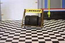 diorama rack pour pneus DUNLOP voiture atelier garage  1/18  photos vitrine