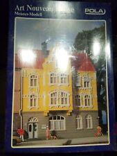 Pola 11178 Art Nouveau House Model Kit *HO-Scale*