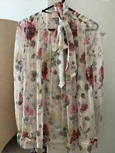 Zimmermann Floral Silk Top - Size 3 - In Fantastic Pre-loved Condition.