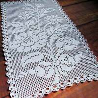 Vintage crochet centerpiece and 2 little doilies Hand crocheted White Large