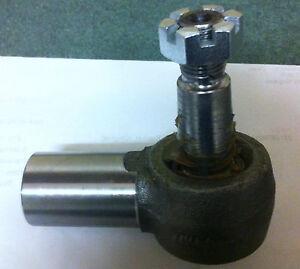 David Brown 885/990/995/996/1210/1212 Power Steer Cylinder Track / Tie Rod End.
