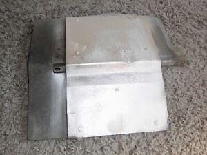 Hitzeschutzbleck für die Batterie vom Saab 900 901 Cabrio  (F2)