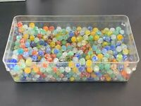 Assorted Lot Of 30 Collectible Cracked Cats Eye & Other Marbles