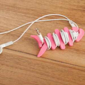 Herringbone-shaped headphone cable wrap and shrink tool