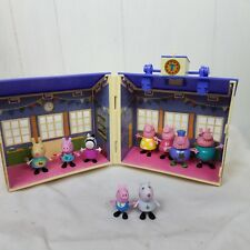 Peppa Pig Schoolhouse Playset School House with 9 figures characters