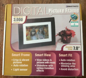 """NEW Smartparts Digital Picture Frame 7""""  Up To 2000 Pictures Wood Look Open Box"""