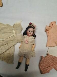 ANTIQUE FRENCH DOLL SFBJ 60 ...8 INCHES TALL CLOSED MOUTH..
