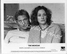 Brad Pitt/Julia Roberts The Mexican 8x10 B&W Press Photo
