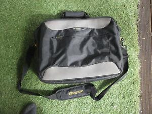 TARGUS computer/document  bag - black and large 45x37x14cm