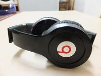 Used Original Monster Beats by Dr Dre Solo HD Earphones Headphones BLACK iphone