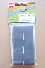 HO Busch 6033 ASPHALT Country Road with White Lines: Detail (3.95 US Shipping)