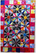SALE - Retro Blooms - modern pieced quilt PATTERN - applique block centres