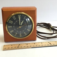 Vintage MCM Wooden PLYMOUTH Clock Model No. E939-003 Tested Works Good Cord