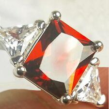 Size 10 Dramatic Hue Ring - RED Crystal w/TRILLION Cut CZ Accents - Avon - NIB
