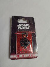 Disney Star Wars Weekends 2012-Donald as Darth Maul New on Card