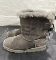 UGG 3280K BAILEY BOW Gray Suede Classic BOOTS Shearling Lined - Woman's Sz 3 US