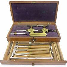Zapfen Rollierstuhl für Uhrmacher von ca.1900-1920 mit wunderschönem Holzetui