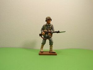 SOLDIER METAL PAINTED 1-32 54MM CORPORAL US MARINES USMC WW2 WWII GUADALCANAL