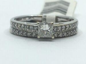 18K White Gold 1/2 CTW Princess Round Diamond Wedding Set sz 7 (RO1030221)