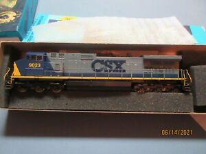 Athearn  HO Scale # 9023 CSX C44-9W Powered Diesel Locomotive EX/Box