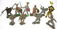 VINTAGE 1:32 KNIGHTS AND CRUSADER  FIGURES ( 10 PIECES) - RARE