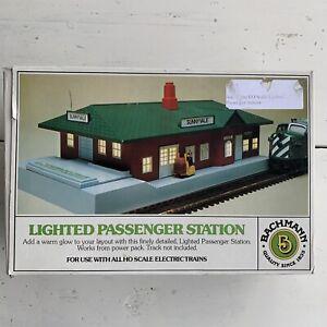 HO Scale Bachmann 5 Sunnyvale Lighted Passenger Train Station 46-1217 Working