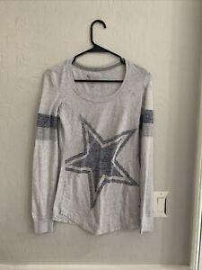 Nike Dallas Cowboys Womens Small Long Sleeve Shirt Grey Comfy Material