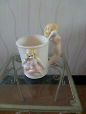 MUG TASSE A CAFE CHOPE BIERE EROTISME EROTIQUE PIN UP JARRETIERE MARIAGE