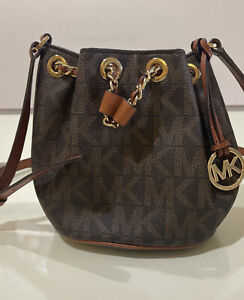 Michael Kors MK Logo Jet Set Brown Small Bucket Crossbody Purse Handbag