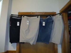 Bermuda women's Short's Gloria Vanderbilt 24W,22W,Belted 98% cotton 2% spandex