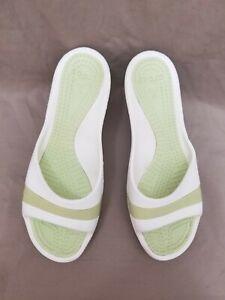 Crocs Women's Sassari green/white Open Toe Wedge Heel Slip On Sandals Size 9