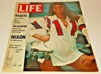 June 2, 1972 LIFE Magazine RAQUEL Welch, advertising 70s ads FREE SHIPPING 6