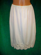 Brand Unknown pale beige Vintage half slip sz L Waist 27 Unstretched /24.5 long