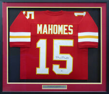 CHIEFS PATRICK MAHOMES AUTOGRAPHED SIGNED FRAMED RED JERSEY BECKETT 179097