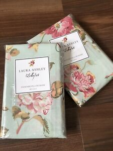 NEW 2 Laura Ashley Standard Pillow Shams Pillowcases Applemint Floral Cottage